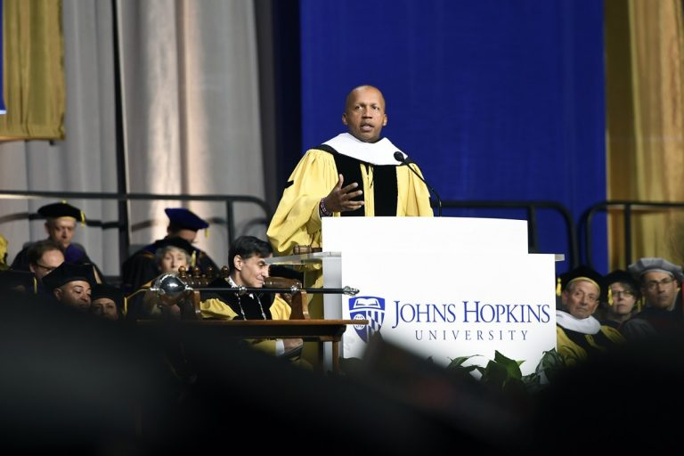 Picture of Bryan Stevenson giving Commencement address